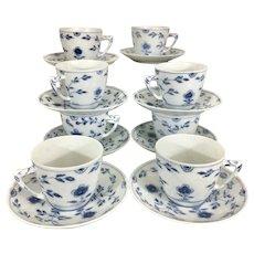 8 Bing & Grondahl Denmark Danish B&G Porcelain Cups & Saucers Butterly Pattern Blue White