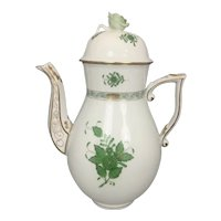 """Herend Hungary Porcelain Chinese Bouquet Green Pattern Tea Coffee Pot 10.5"""" Rose Finial"""