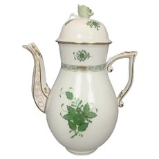 "Herend Hungary Porcelain Chinese Bouquet Green Pattern Tea Coffee Pot 10.5"" Rose Finial"