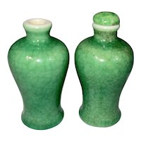 Pair 18 / 19th C Chinese Export Porcelain Snuff Bottle Apple Crackle Green Francis Fowler Estate