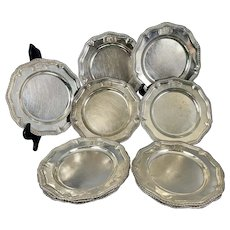12 English George II Sterling Silver Service Plates George Wickes Family Crest Sir Henry Harper 5th Baronet