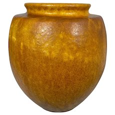 Arts & Crafts Era Grueby Faience Pottery Company Vase Mission Prairie Style
