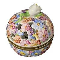 Herend Hungary Porcelain Reticulated Trinket Potpourri Box Lidded Floral