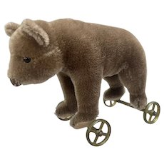 Steiff Museum Collection Brown Mohair 1905 Replica Bear on Wheels Toy LTD ED