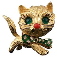 French 18k gold 3D cat figural brooch, chrysoprase eyes & diamond