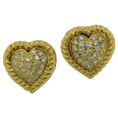 Extremely Well Made 18K Brilliant Cut Diamond Love Heart Earrings