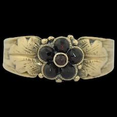 Edwardian 10K Garnet Flower Band Ring