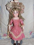 Little Dollings Antique Dolls