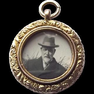 Superb antique 9ct rose gold open locket pendant