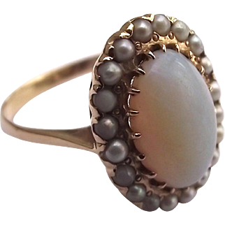 Antique 14k gold natural opal and seed pearl ring size 9
