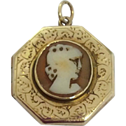 Art Deco 9ct gold locket with cameo decoration