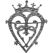 Vintage Scottish silver Luckenbooth heart brooch