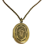 Antique rolled gold ivy leaf friendship locket and long 30 inch chain
