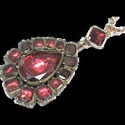 Antique Georgian 9k 9ct Gold Garnet Pendant Necklace & chain