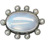 Antique Victorian c1900 Arts & Crafts Sterling Silver Moonstone & Seed Pearl Brooch