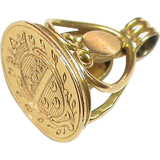 Antique 19th Century French 18k Gold Family Crest Intaglio Seal Charm