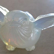 Tiny French Sabino luminous baby bird art glass figural