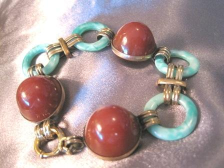 Exquisite Art Deco Period Linked Dome Shaped Carnelian And