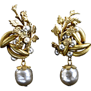 Signed Miriam Haskell vintage simulated pearl and gold filled dangle clip earrings