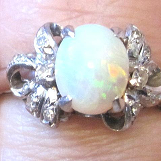 Vintage Ladies opal and diamond ring