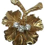 $1500 Estate Italy 14k Yellow Gold Flower Design VS/E Diamond Pendant and 14k Gold Necklace, Appraisal Included