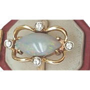 Estate Vintage  14k Yellow Gold Ring with Diamonds and Finest Genuine Australian Opal