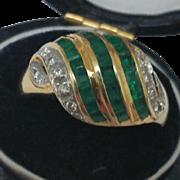 Vintage Genuine Emerald and Diamonds 18k Yellow Gold Ring, Art Deco, 1940's