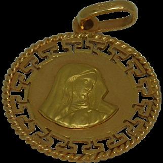 18K Yellow Gold Large Madonna Pendant