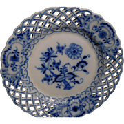 Meissen Blue Onion Articulated Plates