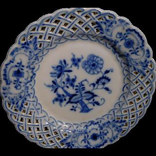 Meissen Blue Onion Articulated Plates