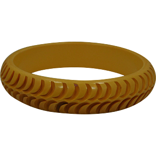 Butterscotch  carved  bakelite Bangle Bracelet