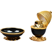 Evans Black Enamel with Gold Mesh Egg Table Lighter with Ashtray