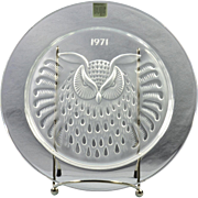 "Lalique Crystal Annual Plate, 1971 Hibou ""Owl"" Annual Plate"