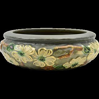 Roseville Pottery Bowl, 1916 Dogwood I Textured Bowl # 150-7