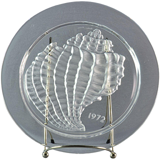 """Lalique Crystal Annual Plate, 1972 Conquillage """"Shell"""" Annual Plate"""