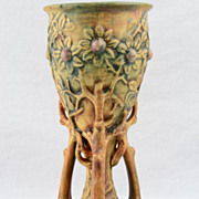 Weller 1920 - 33 Woodcraft Chalice Vase