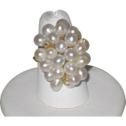 Vintage Exquisitely Beautiful 14K Gold and Pearl Cluster Ring