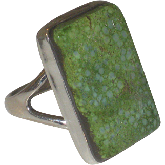 Native American Sterling Silver Grasshopper Green Pilot Mountain Turquoise Ring Signed