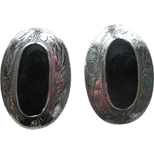 Vintage Southwestern Native American signed Sterling Silver and Black Onyx Earrings