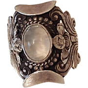 Vintage Moonstone and Sterling Silver Ornate ring size 8