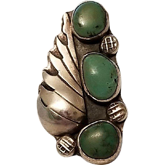 Early Native American Green Turquoise and Sterling Silver Ring Navajo