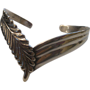 Stunning Vintage Southwest Style Sterling Silver Cuff Bracelet Chevron & Feather design