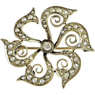 Beautiful Gold Pearl and Diamond Brooch/Watch Pin