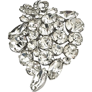 Showstopper Vintage Weiss Rhinestone Brooch