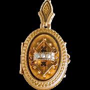 Lovely Victorian Etruscan Gold Locket