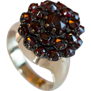 Very Lovely European Made Vintage Bohemian Garnet Ring