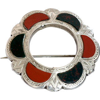 Beautiful Victorian Sterling Scottish Agate Brooch
