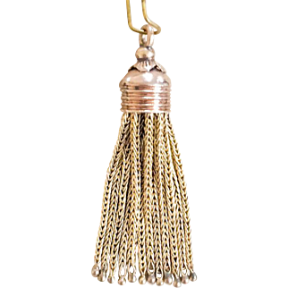 Beautiful 10k Antique Tassel with 12 Foxtial Chains