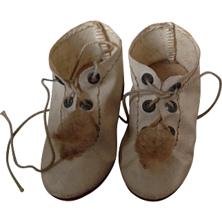 Original 19thC dolls shoes