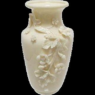 Belleck Vase  1946-1955